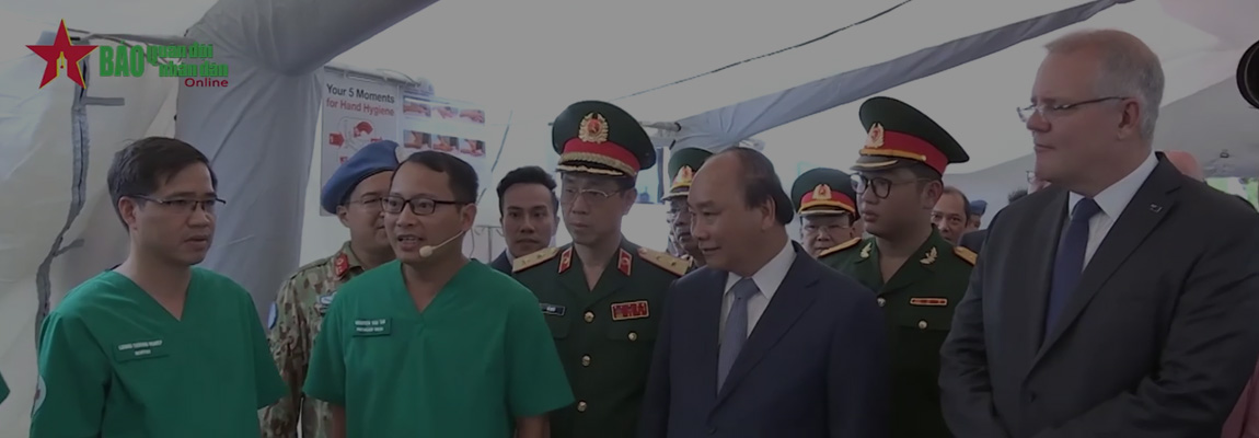Vietnam and Austraila Prime Ministers attend the Ceremony for Level 2 Field Hospital